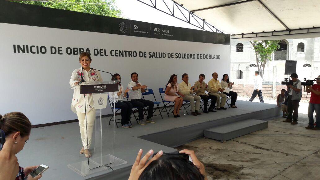 Centro de Salud de Soledad de Doblado quedará concluido en diciembre: Gobernador Yunes