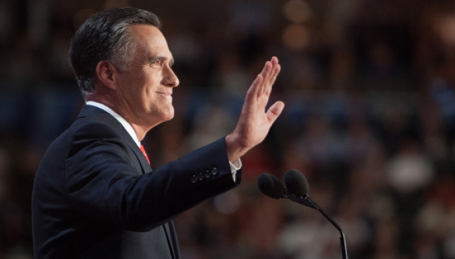 Romney exige a Trump disculparse por Charlottesville