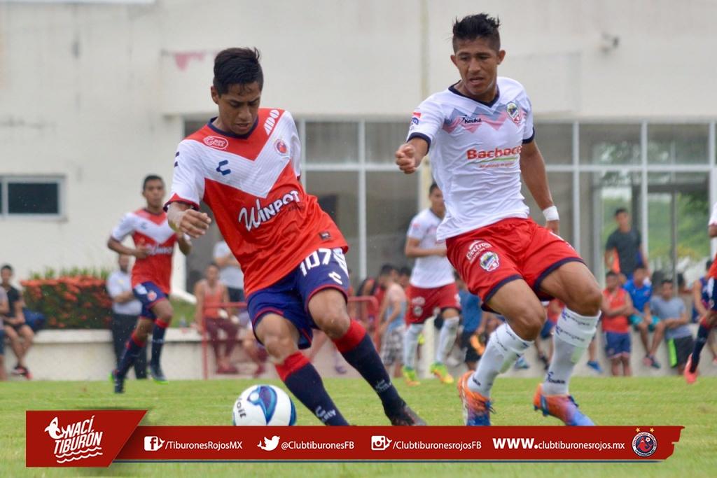 Los Tiburones Rojos Premier golean a Irapuato