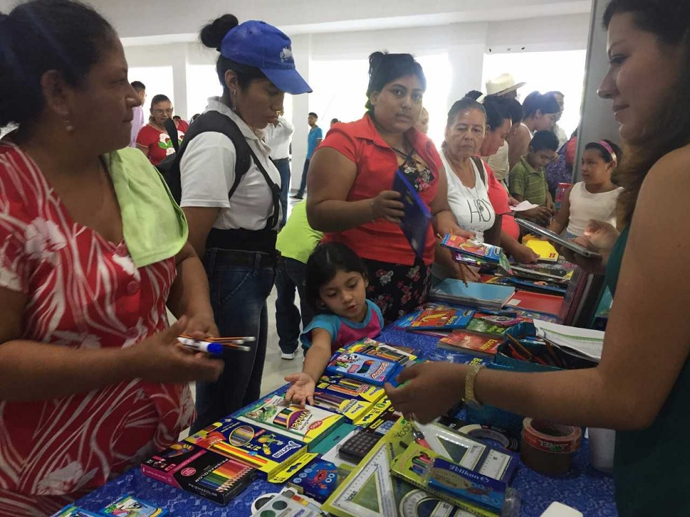 """Feria Digital """"Regreso a clases 2020"""" cuenta con más de 40 expositores del ramo escolar"""
