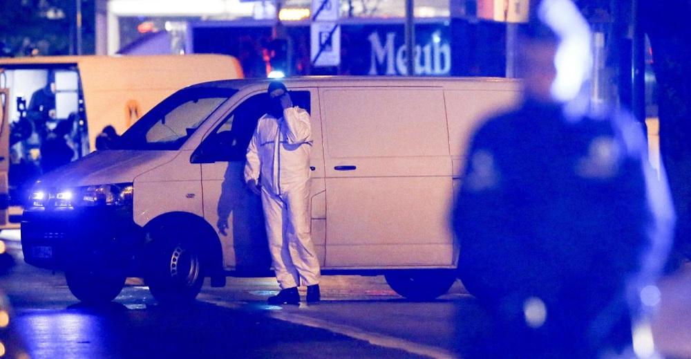 Auto de atentado de Barcelona procedía de París