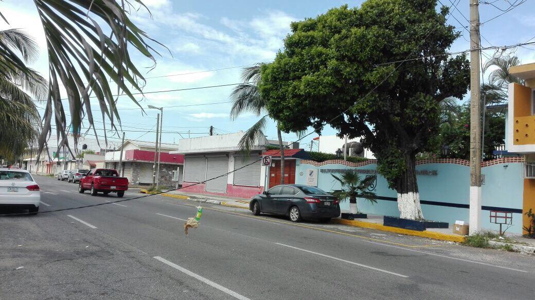 Piden reparar cable de energía eléctrica en Veracruz