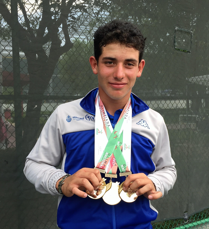 Impulsarán proyección de tenista veracruzano Eduardo Mustre