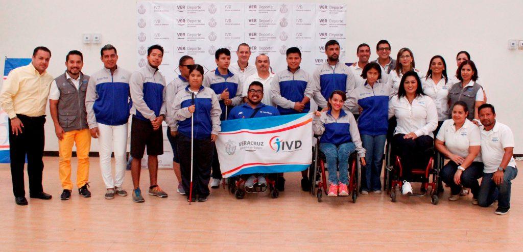 Abandera IVD delegación de Paralimpiada Nacional 2017