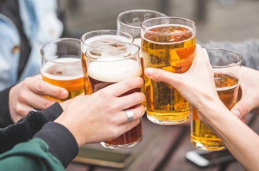 Recomendaciones para remediar la resaca de las fiestas