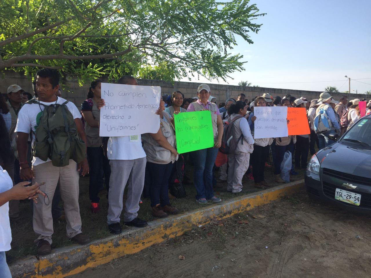 Protesta personal de vectores en Coatzacoalcos