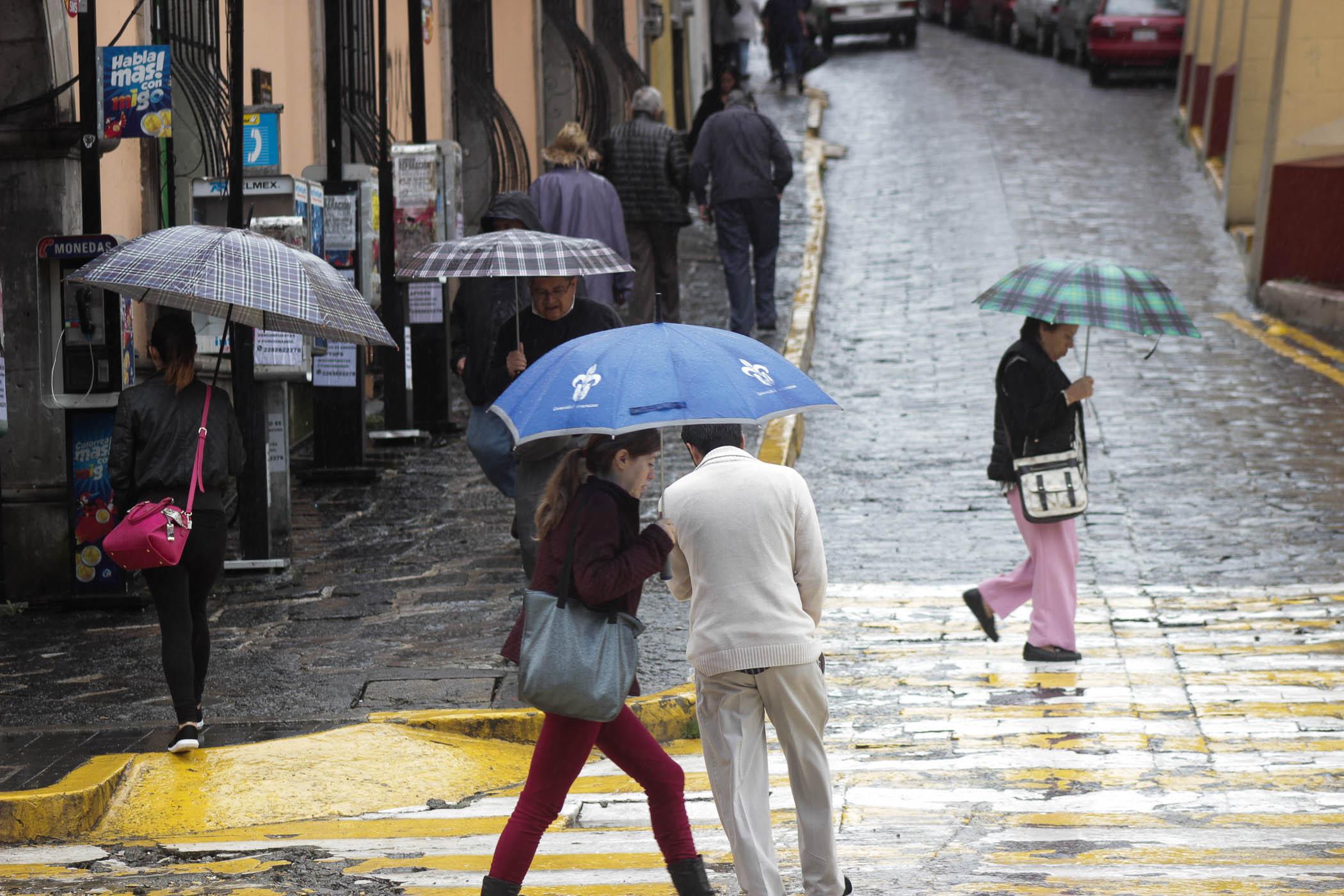 Ambiente diurno cálido; potencial de lluvias a partir de la tarde en diversas zonas  de Veracruz