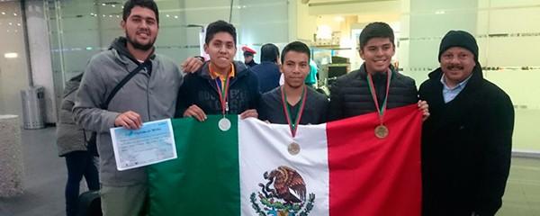 Egresado del Cobaev gana medalla de bronce en la Olimpiada Iberoamericana de Biología