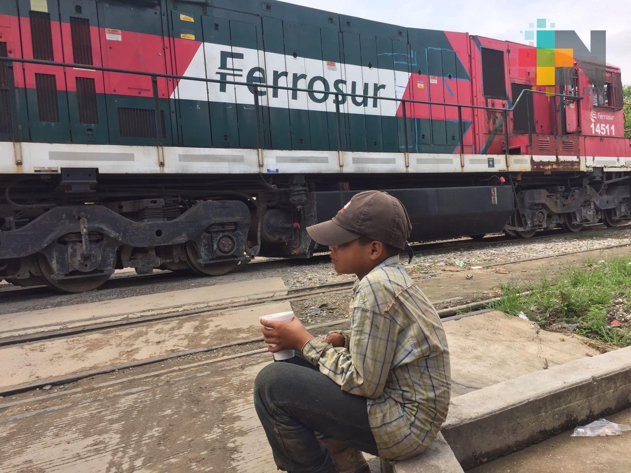 Menores migrantes sin compañía siguen transitando por territorio veracruzano