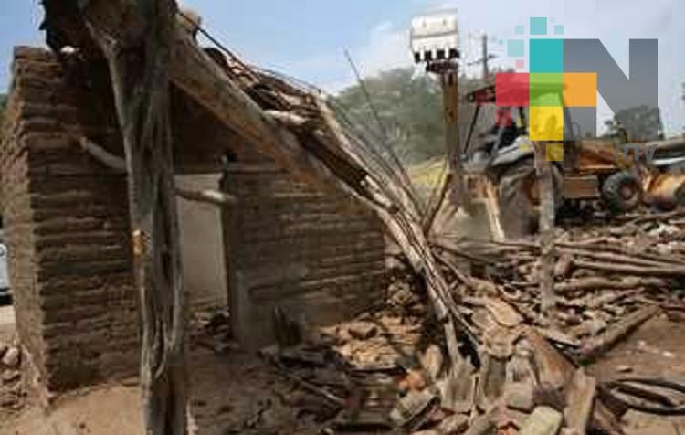 Se han demolido ya mil 100 viviendas en Chiapas
