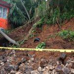 Dos muertos, inundaciones y deslaves en Xalapa por lluvias acumuladas