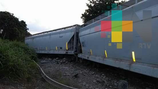 No hay lesionados por descarrilamiento de tren en Texistepec: Ferrosur