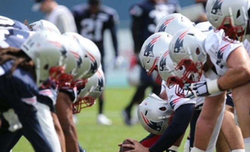 Inicia campeón Nueva Inglaterra temporada 2017 de NFL vs Jefes