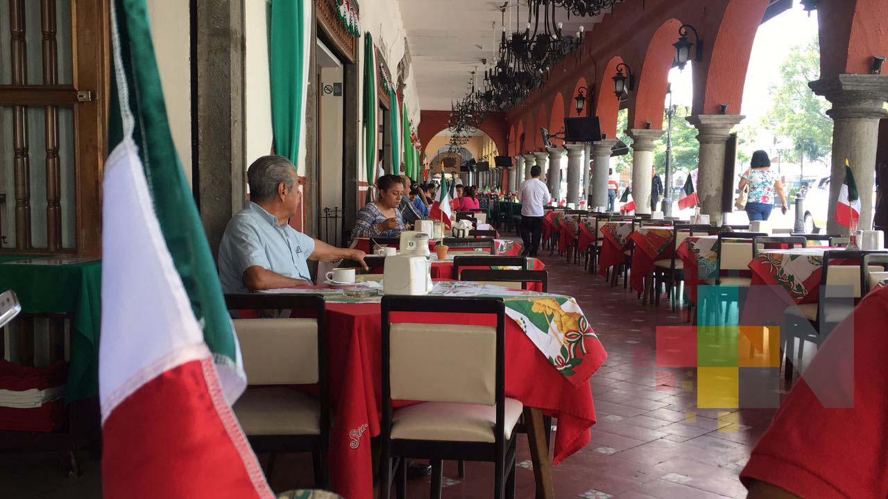 Capacitan a prestadores de servicios turísticos en Coatzacoalcos en primeros auxilios