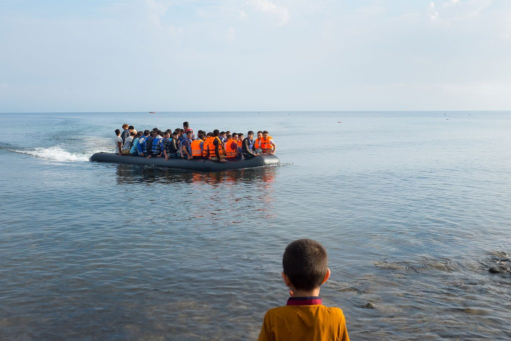 Miles de migrantes están listos para salir de Libia hacia Europa