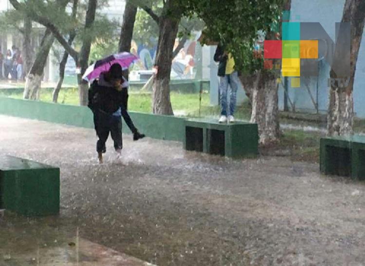 Se mantiene temporal lluvioso, en la entidad veracruzana