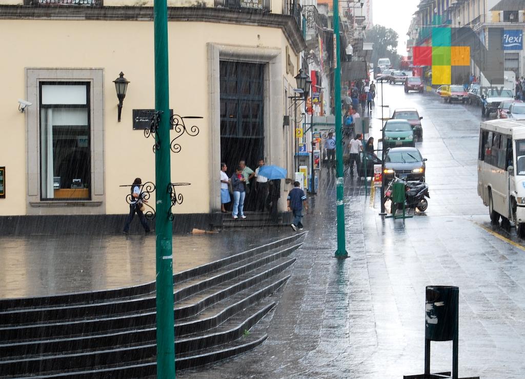 Alta probabilidad de lluvias-tormentas dispersas vespertinas en el estado