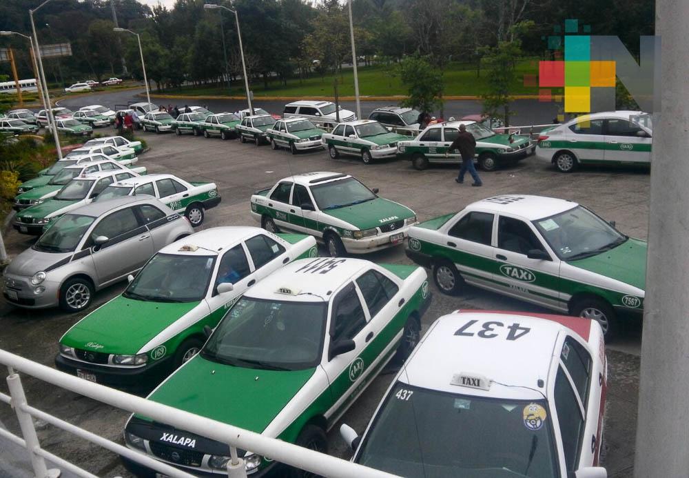 Dirección de Transporte Público de Veracruz continúa trabajando en registro vehicular