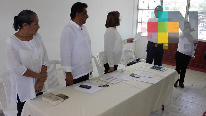 En Pánuco, Sección 32 del SNTE realizan reunión de trabajo