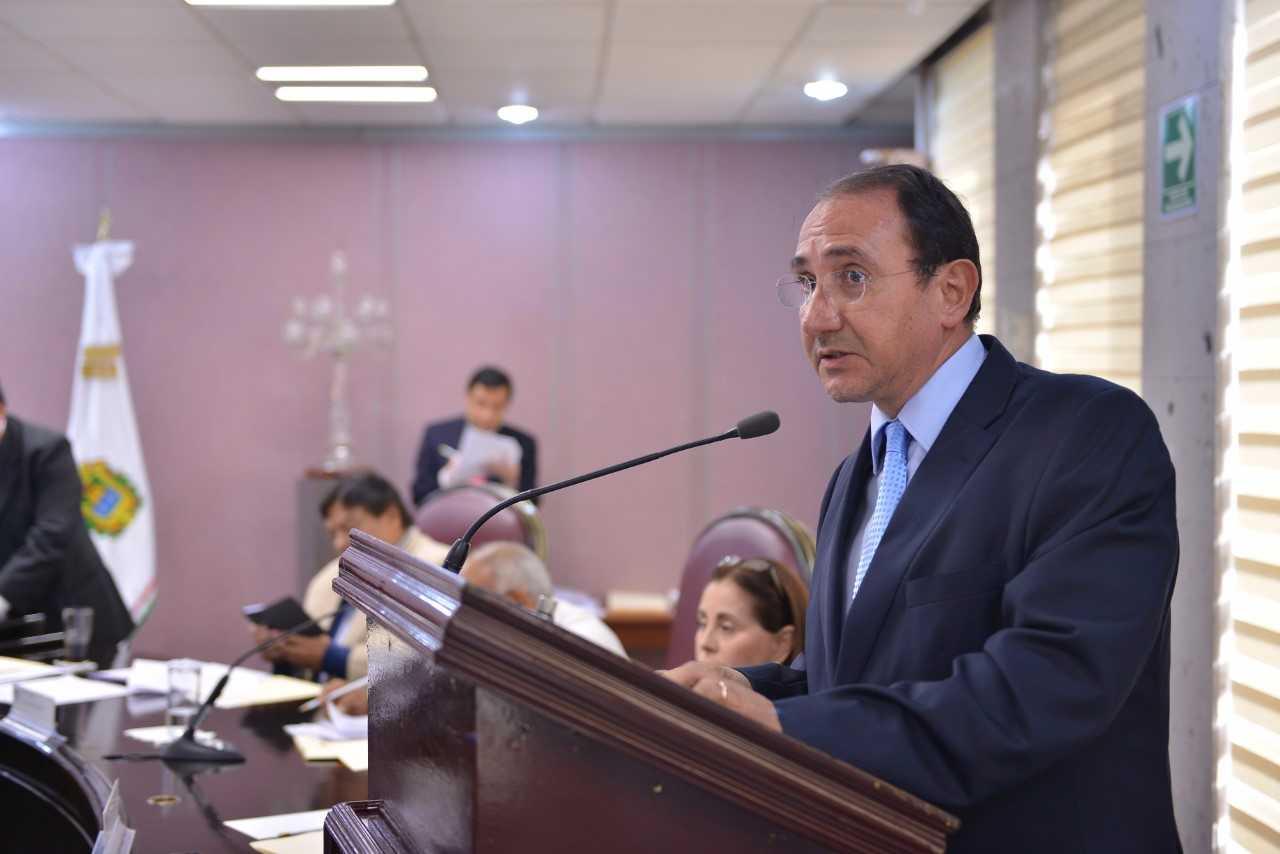 Diputado solicitará se regularice el comercio informal en los municipios