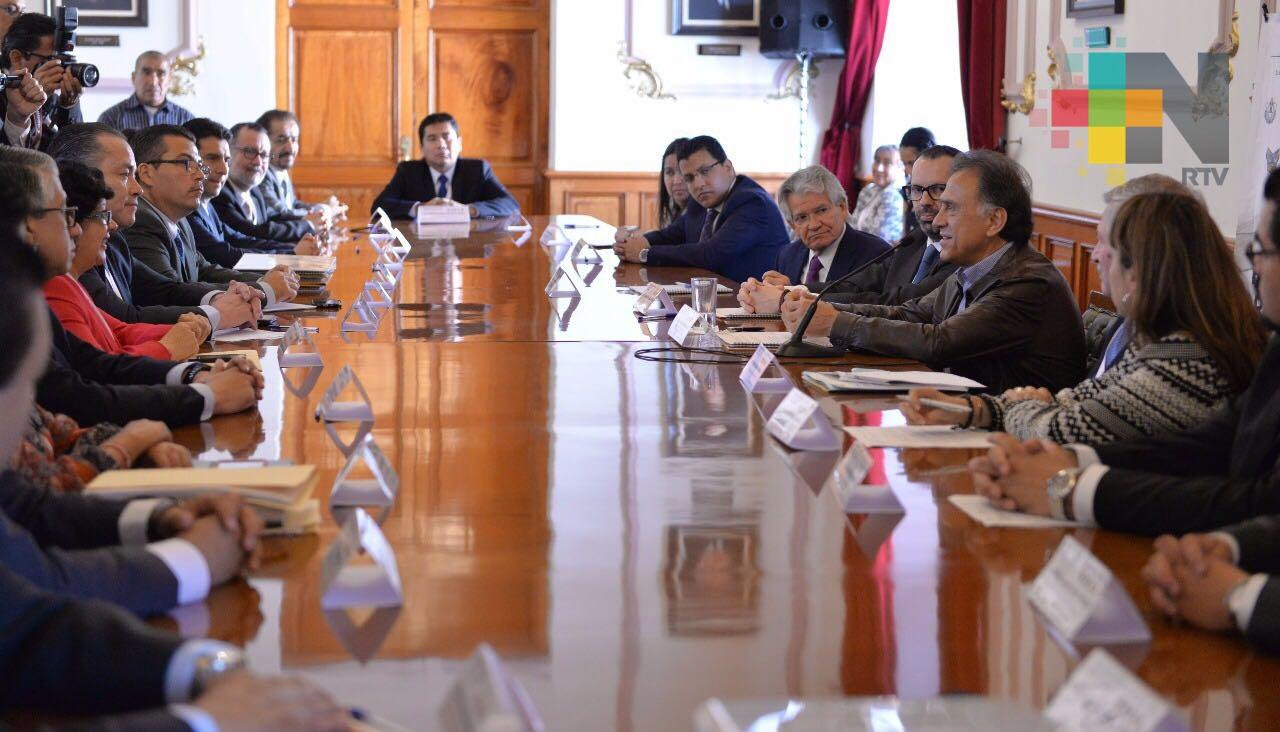 A 11 meses de gobierno, Veracruz ha transitado a un modelo honesto y transparente en la aplicación de los recursos: Gobernador Yunes