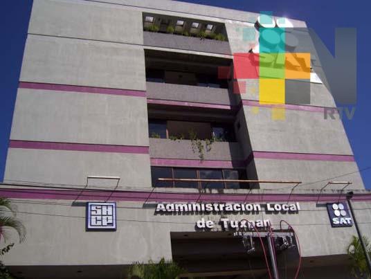 SAT Tuxpan capacita a empresarios locales sobre la nueva facturación