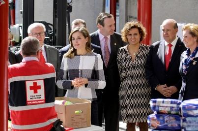 Reina de España visita instalaciones de la Cruz Roja Mexicana