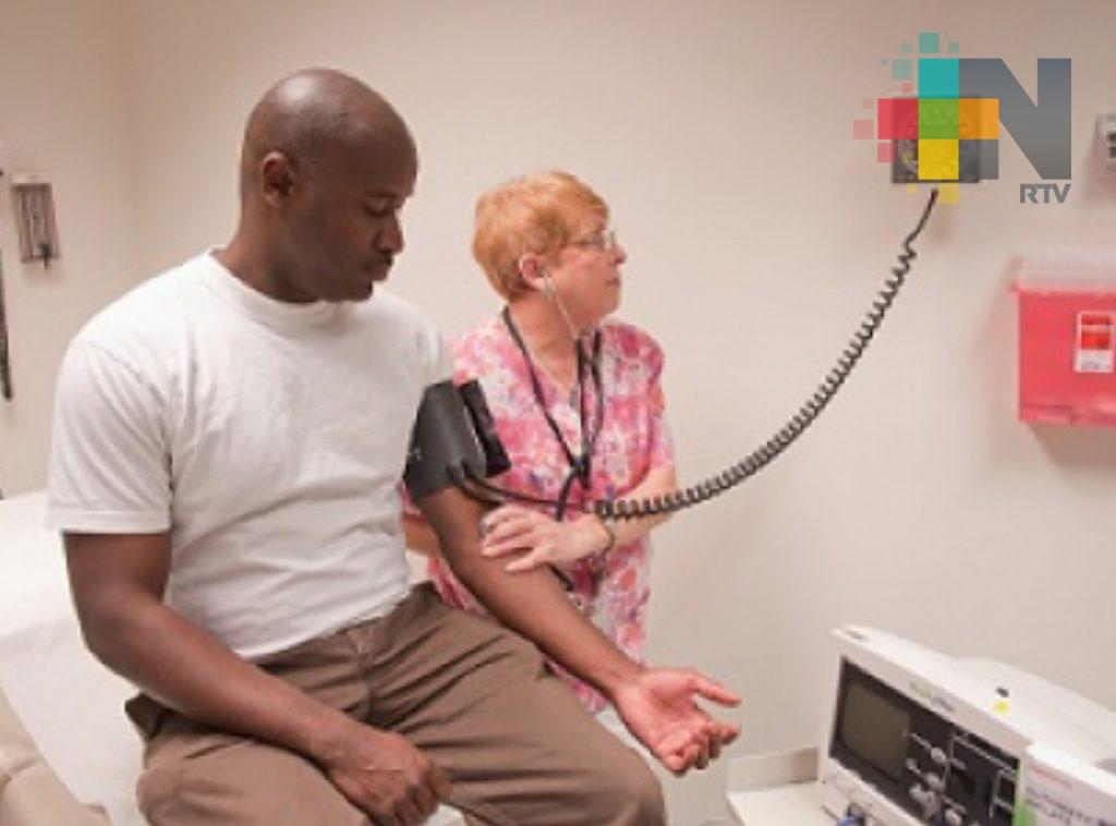 EUA reduce pautas de presión arterial normal