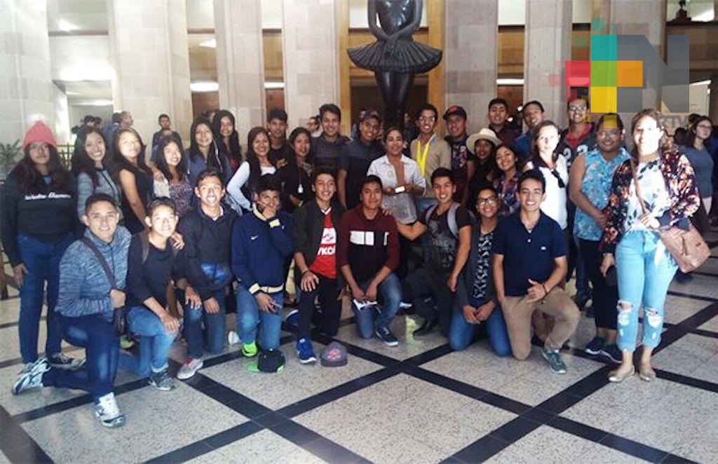 Destaca delegación de artistas veracruzanos en concurso nacional de artes