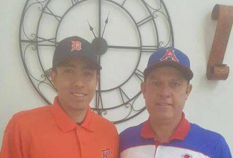 Joven pitcher veracruzano Martín Herrera firma con Tigres de Detroit