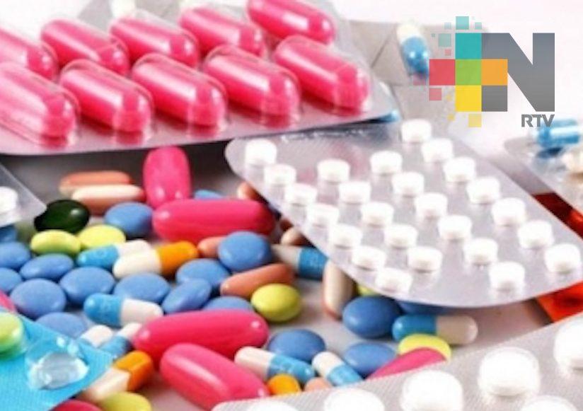 Niega gobernador de Veracruz contrato con empresa que vende medicamentos falsos