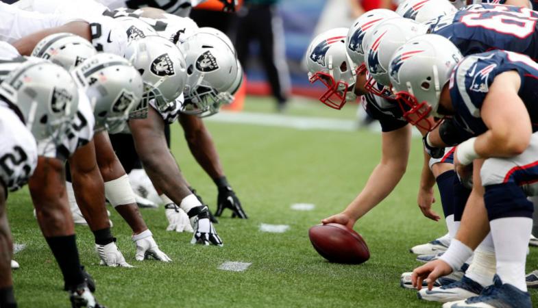 Patriotas domina 33-8 a Raiders en el Estadio Azteca en juego de NFL