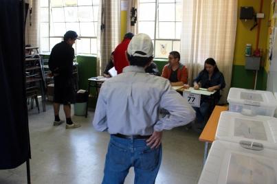 Finalizan elecciones generales chilenas y se inicia conteo de votos