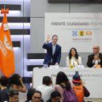 Va FCM por renta básica universal para combatir la pobreza e impulsar el emprendedurismo