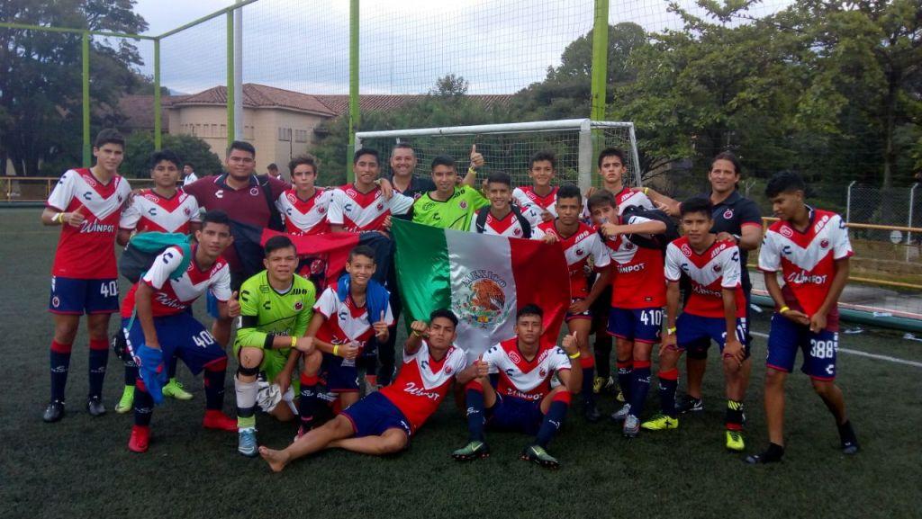 Tiburones Rojos Sub-15 debutan con triunfo en la Medellín Soccer Cup