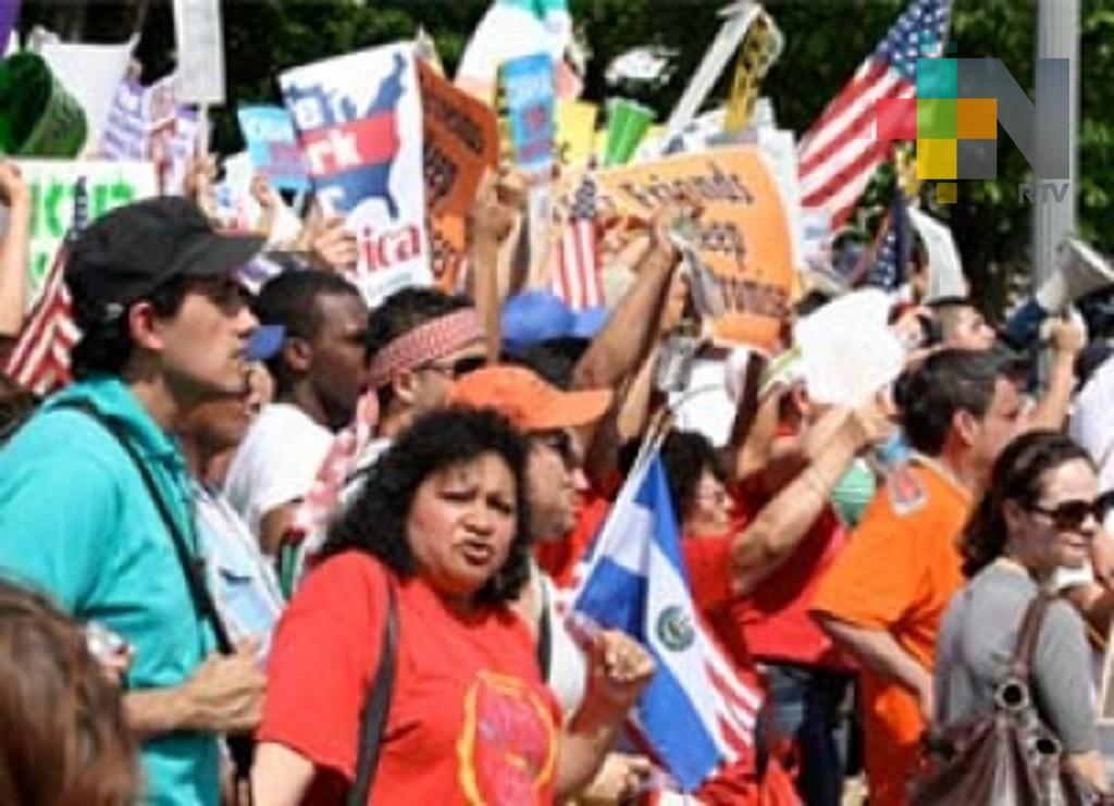 Millones de latinos afectados por la reforma fiscal de Trump