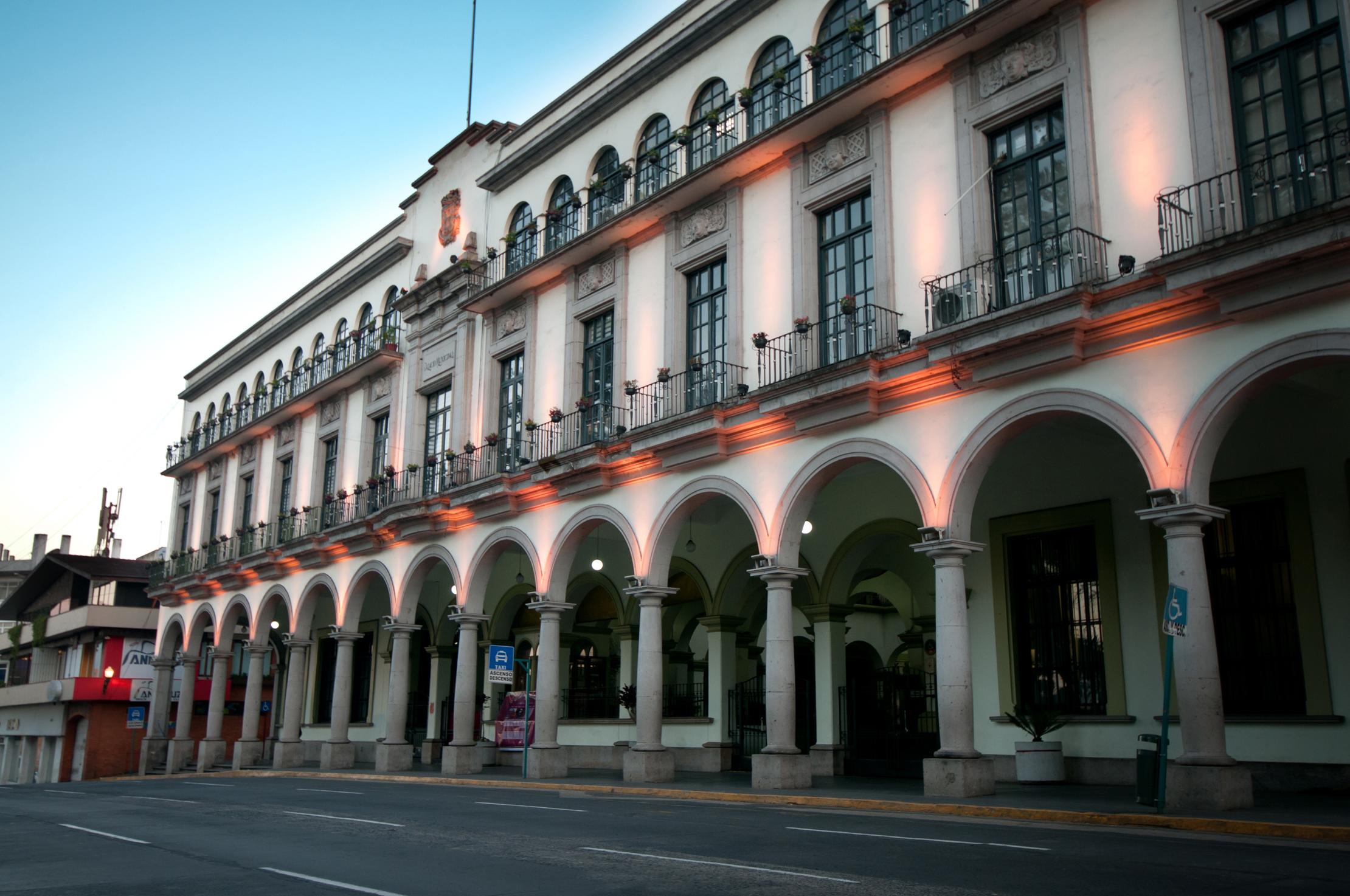 Más de 200 trabajadores del ayuntamiento de Xalapa siguen sin cobrar su sueldo