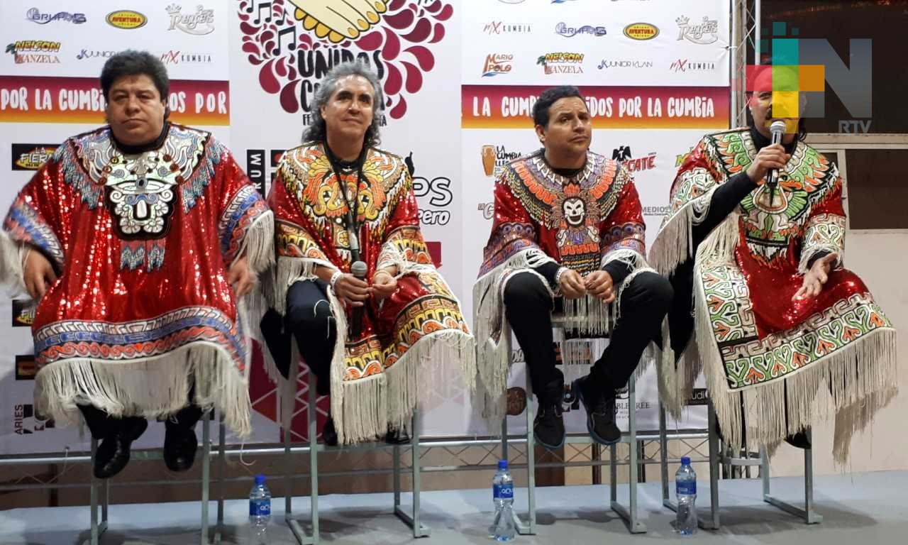 Los Askis, pioneros de la cumbia andina y promotores de la cultura mexicana