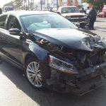 Camioneta choca contra dos autos en el puerto de Veracruz; no hay lesionados