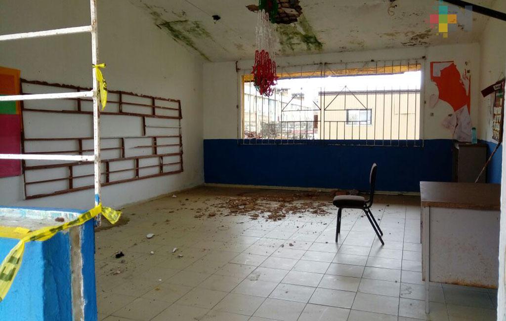 Iniciarán demolición de escuelas afectadas por terremotos en Coatzacoalcos