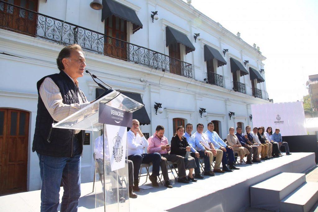 Realiza el Gobernador Yunes intensa gira de trabajo por la zona centro y norte de Veracruz