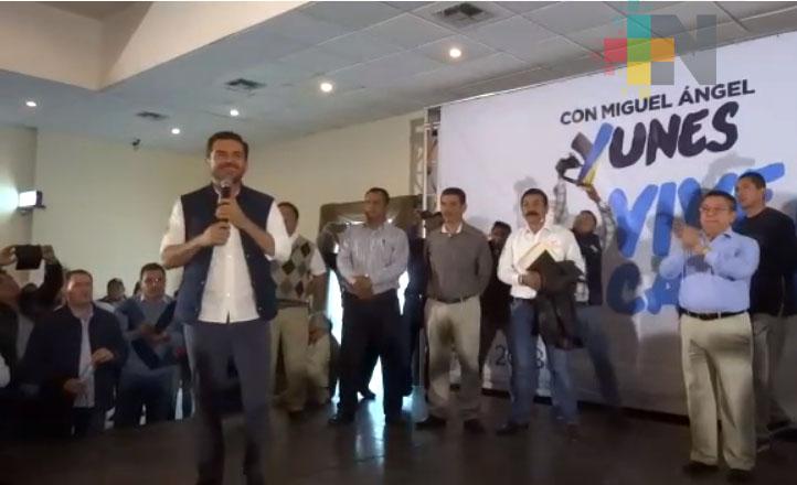 Precandidato MAYM reitera su compromiso con quienes han defendido al partido