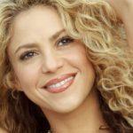 Shakira y Maluma aparecen mojados en nuevo video