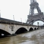 Alerta en París ante inminente desbordamiento del río Sena