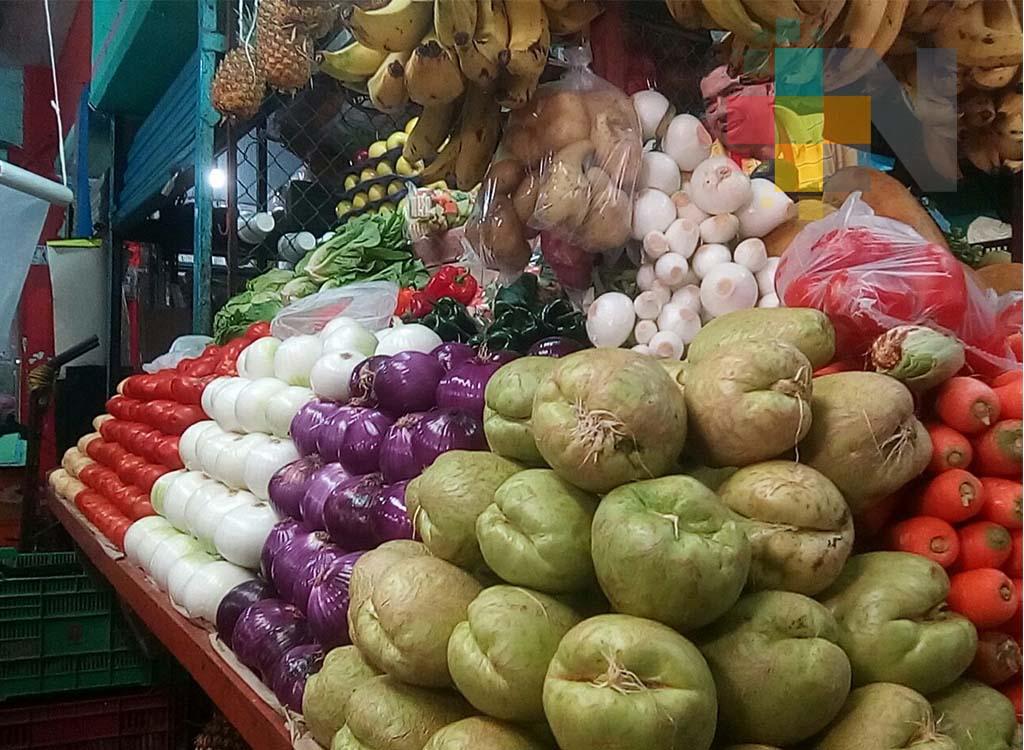 Aumento de azúcar, arroz, aceite, aguacate, jitomate y limón arrecia la cuesta de enero