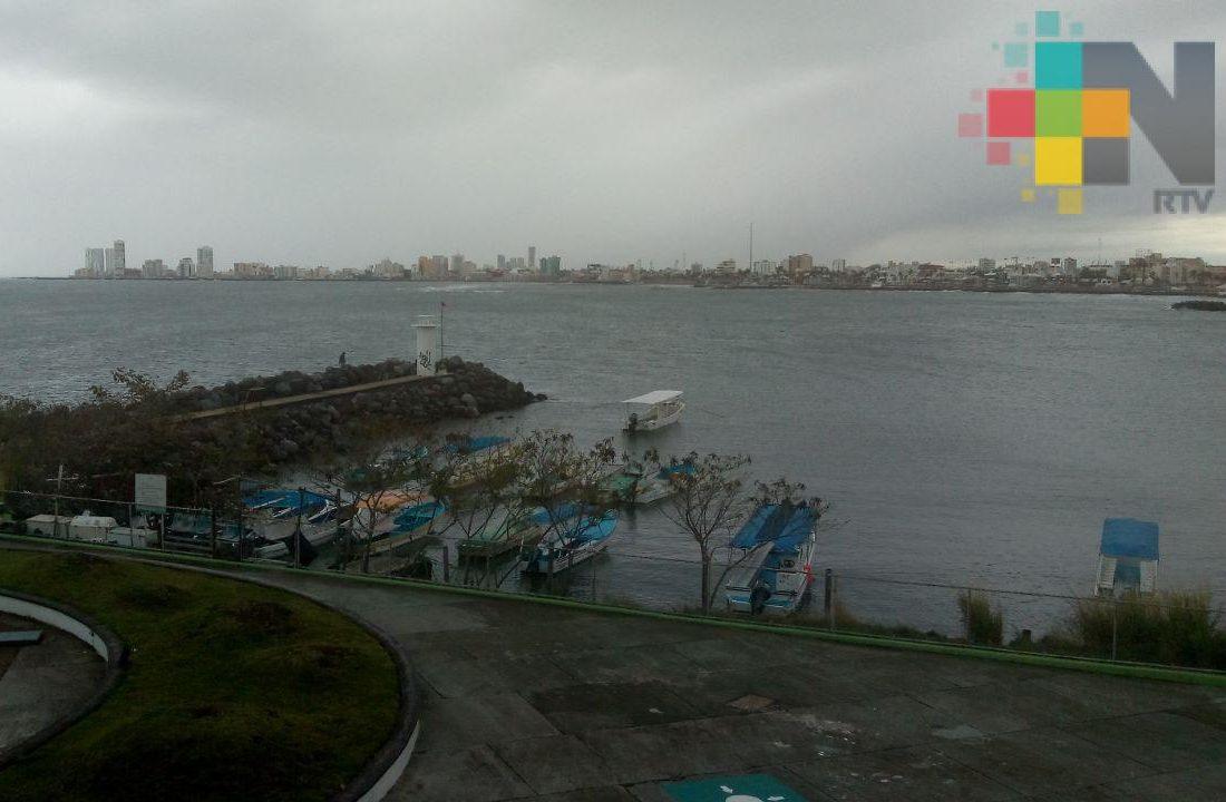Ingresa FF 44 en la madrugada del sábado a territorio veracruzano
