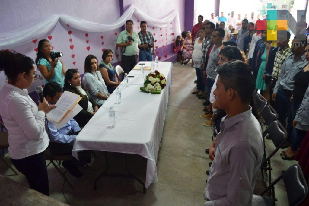 Unen en Ixhuatlán del Café a 16 parejas en matrimonios colectivos