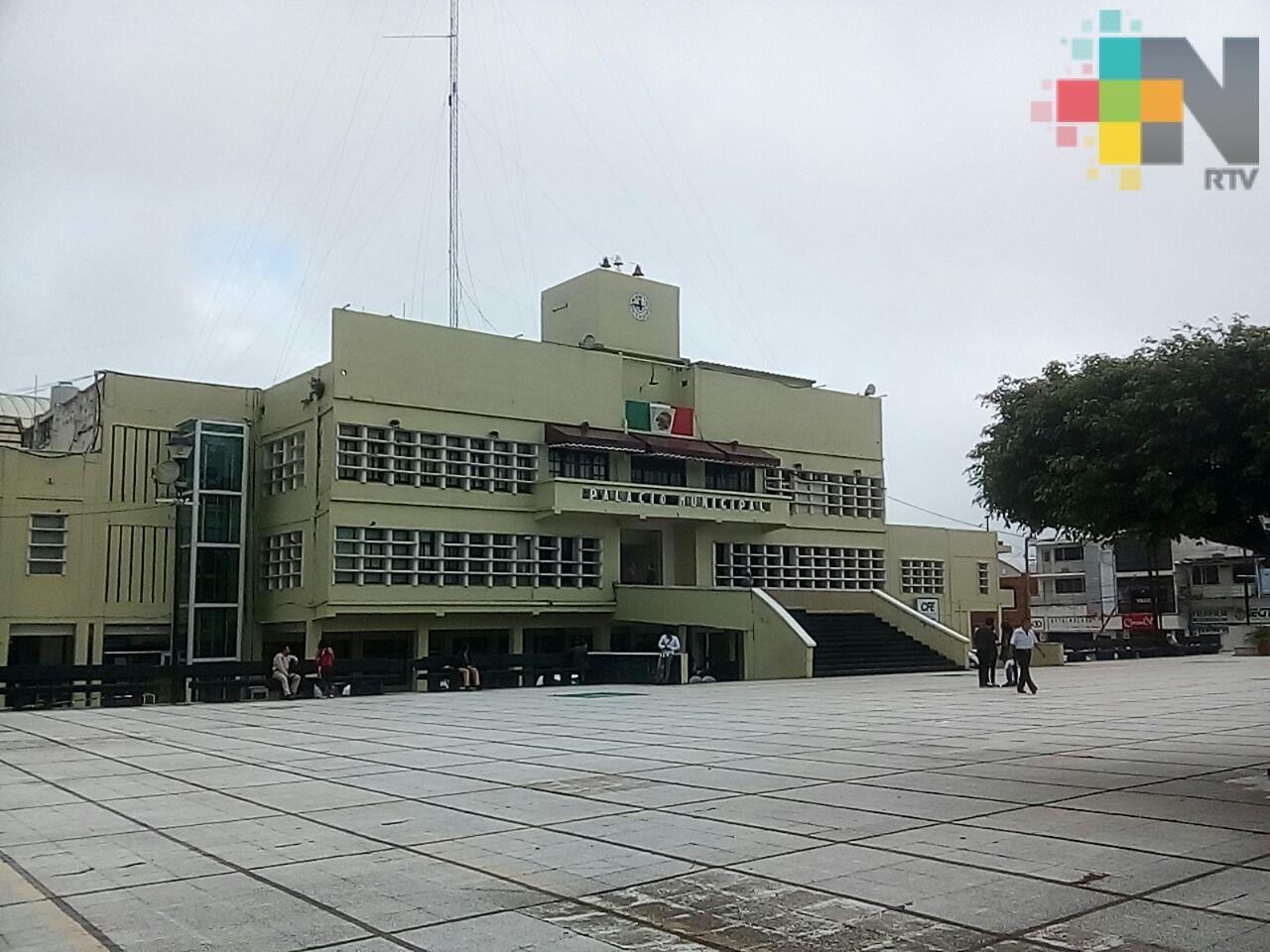 Ayuntamiento de Coatzacoalcos confía en recuperar recursos que no entregó exgobernador Duarte