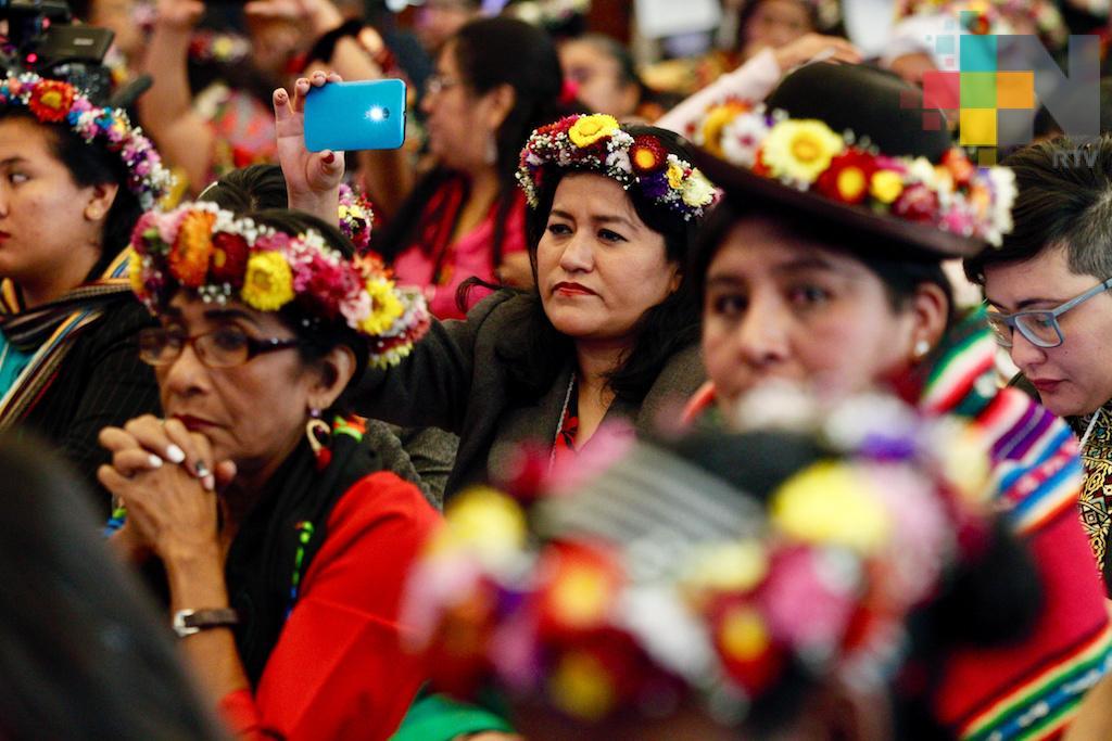 En peligro de extinción 60 por ciento de las lenguas indígenas de México