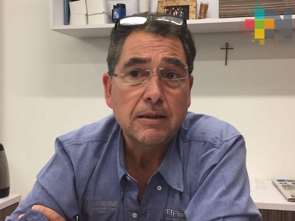 Concesionarios del sur siguen renovando placas de sus unidades
